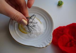 Как сделать красивый цветок своими руками