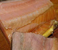 Вывести пятна от жира и рыбы